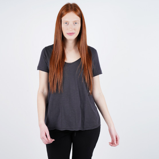 Bodytalk Carry Over Women's Tshirt
