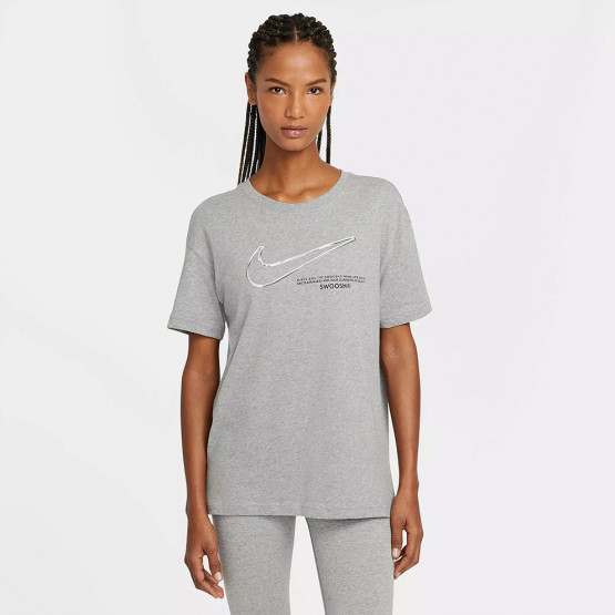 Nike Sportswear Swoosh Women's T-Shirt photo