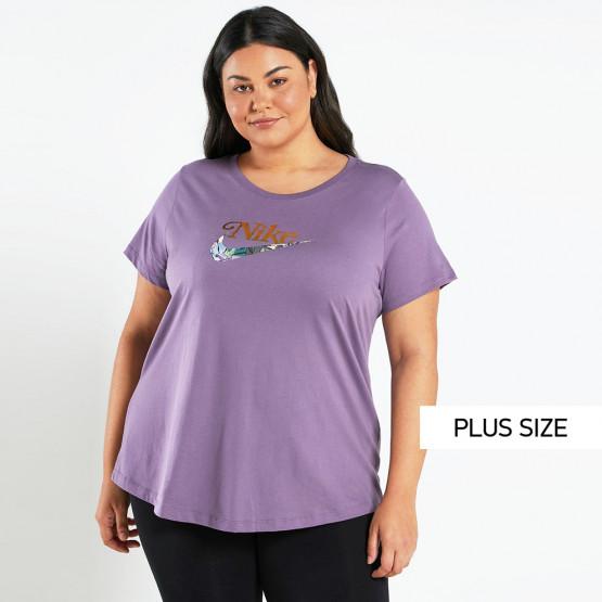 Nike Sportwear Women's T-shirt Plus Size